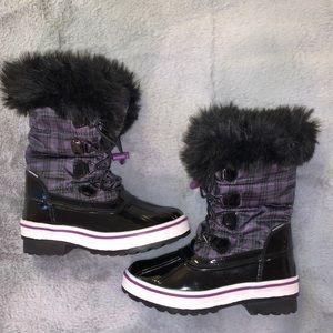 BNWT Girls Cougar Winter boots